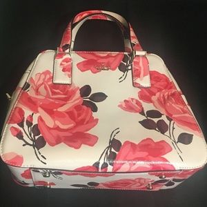 KATE SPADE flowered hand bag 12x9x4 NEW